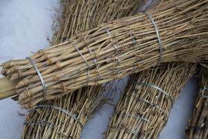 Bambusbesen sind besonders griffig und robust